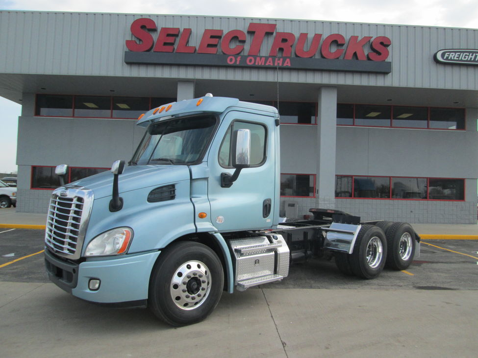 Used 2013 Freightliner CA113 for Sale! : Truck Center Companies