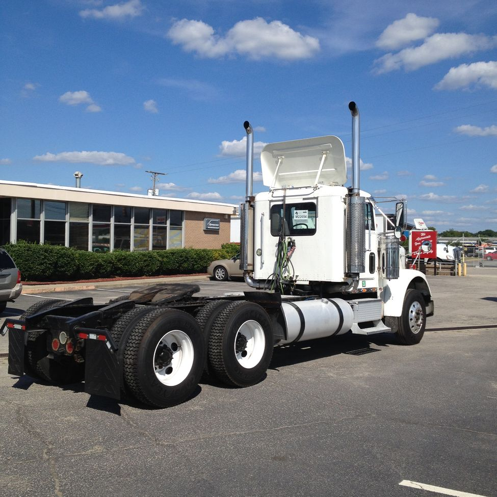 Lincoln Dealership Wichita Ks: Used 2007 Freightliner FLD Classic For Sale! : Truck
