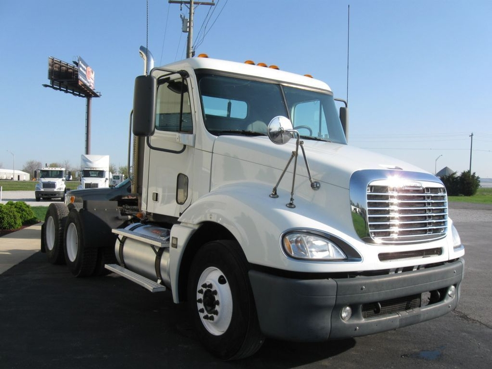 Used 2006 Freightliner Cl120 For Sale Truck Center