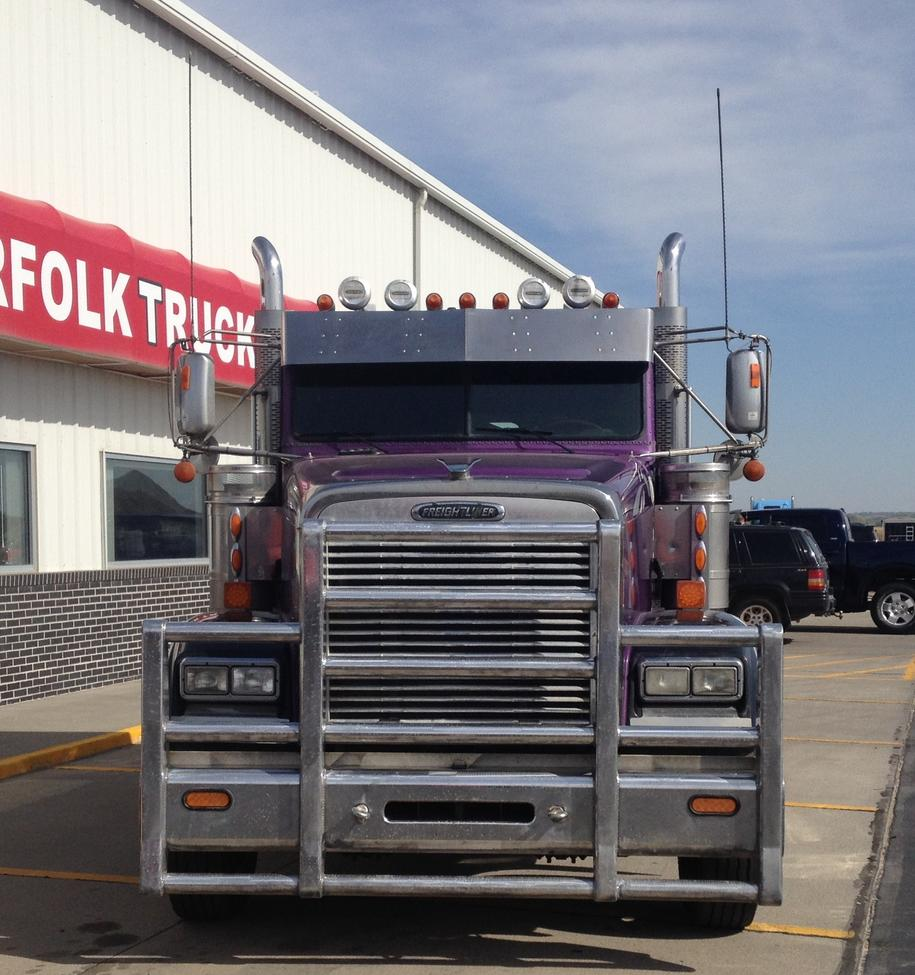 Lincoln Dealership Wichita Ks: Used 2008 Freightliner FLD Classic XL For Sale! : Truck