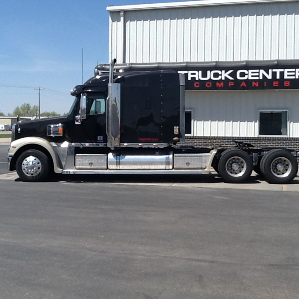Lincoln Dealership Wichita Ks: Used 2007 Freightliner CC132 For Sale! : Truck Center