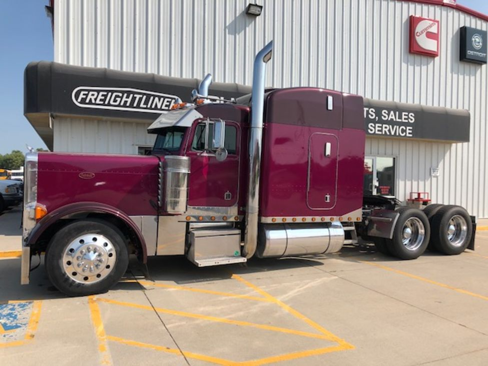 Used 1999 Peterbilt 379EX for Sale! : Truck Center Companies