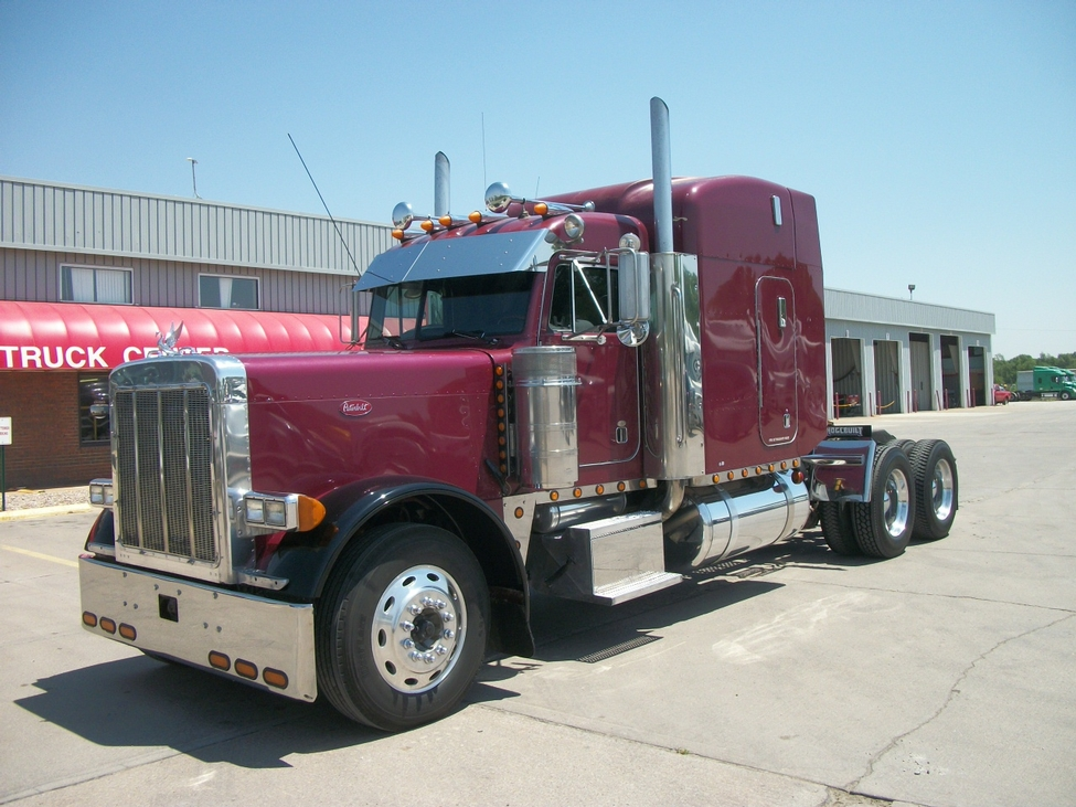 Used 2000 Peterbilt 379exhd For Sale Truck Center